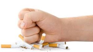 التدخير ضار للجسم و الصحة و العظام