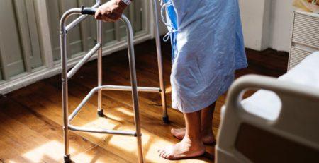 أسئلة حول مفصل الركبة الصناعي
