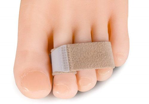 أشرطة لعلاج تشوه إصبع المطرقة وتشوهات أصابع القدم